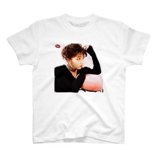 美女T九州 No.38 @chihiro_miyajima T-shirts