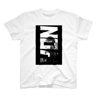 神﨑叶愛のNoa Tシャツ Aタイプ T-shirts