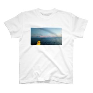 金魚の旅行 T-shirts