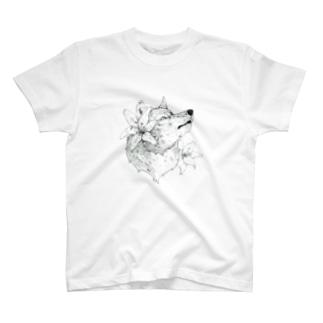 スカシユリ T-shirts