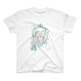 mupiiiiiのpersonal space T-shirts
