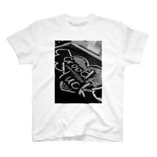 「Good Luck」 T-shirts