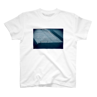 Summer Daylight Coming other ver T-shirts
