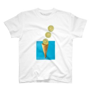 フルーツとコーン T-shirts
