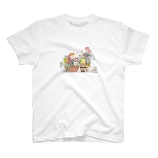 ヒヨハリ!(花鉢) T-shirts