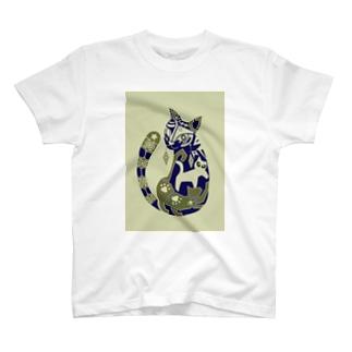 18 ねこ(反転色) T-shirts