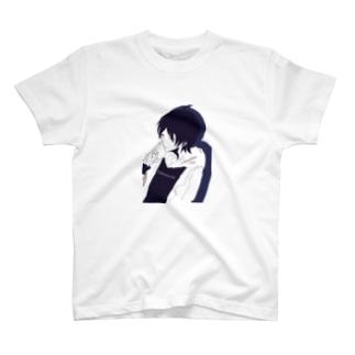 T. T-shirts