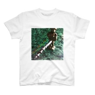 小便小僧ワイルドワイン栓抜き T-shirts