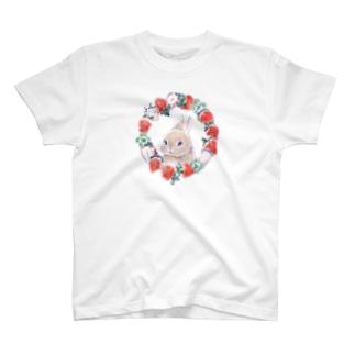 ECLAIR BUNNYのクレアといちご T-shirts