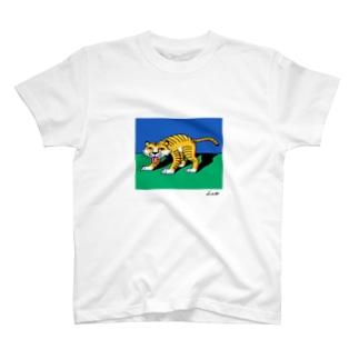 寅年ガール T-shirts