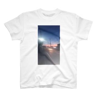 朝焼け T-shirts