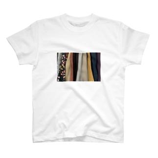 クローゼットの中 T-shirts