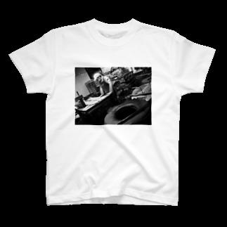 Tadakuni TaniのDay Making T-shirts