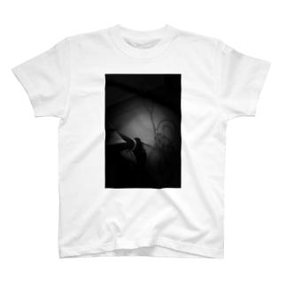 私小説 T-shirts