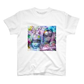 可愛い女の子(演) T-shirts