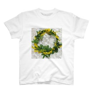 ミモザの花 T-shirts
