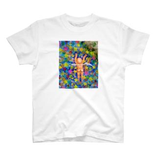 空飛ぶベイビー T-shirts