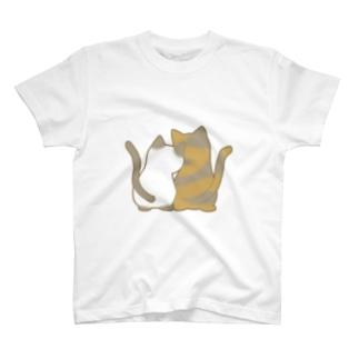 仲良し猫の背中 ポインテッド&サビ T-shirts