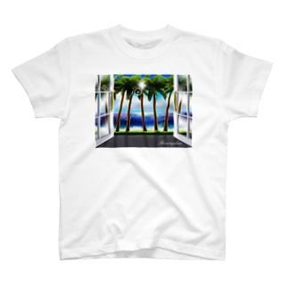 窓からみえるココナッツ林 T-shirts