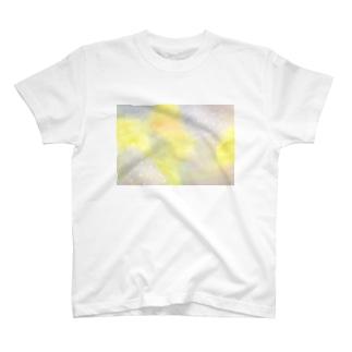 雨のち晴れ T-shirts