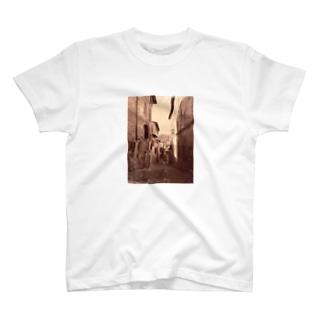 イタリア~何処かの路地 T-shirts