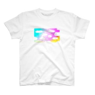 うさぎ雲 T-shirts