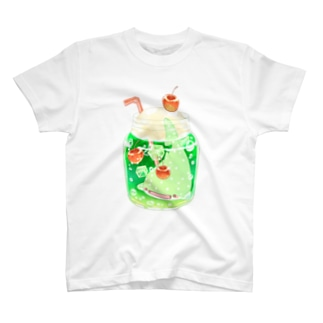 メロンソーダじんべえざめの小瓶(背景なし) T-shirts