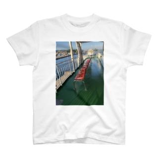 桜島フェリーのイス T-shirts