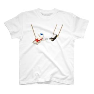 マールとショーイ 空中ブランコ T-shirts