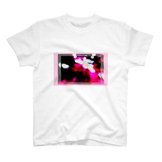 プリンとクレープと紅茶のoverlap2 T-Shirt