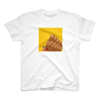 アカチャン◯ンポ T-shirts