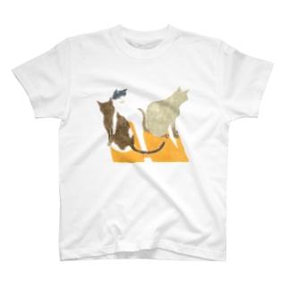 3匹のねこ T-shirts