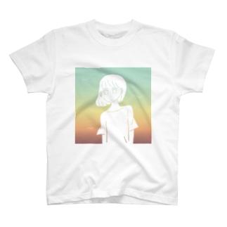 朝の海 T-shirts