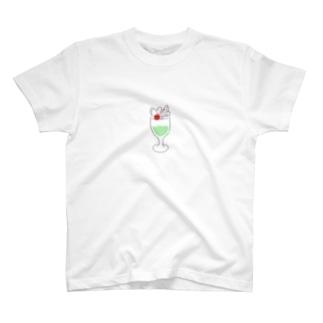 メロンソーダパフェ T-shirts
