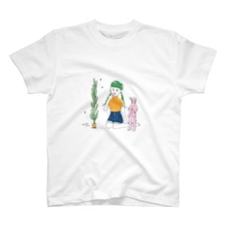 生命力おばけ・にんじん T-shirts