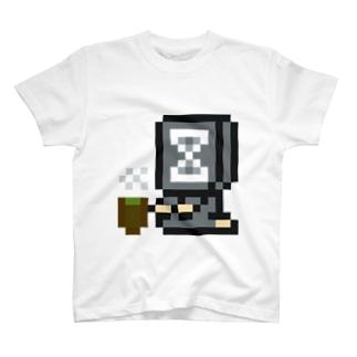 ネメシスちゃん正座待機 T-shirts