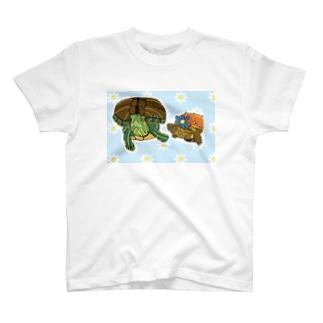 アカミミガメとクサガメちゃん T-shirts