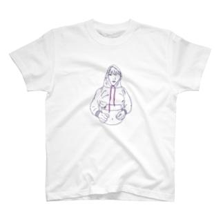 フード締めすぎ男の子 T-shirts