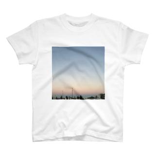 夕焼け 霞 T-shirts