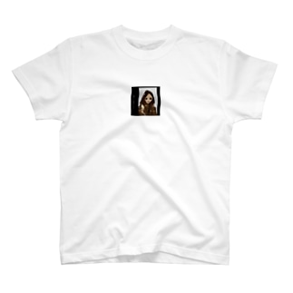 安室奈美恵 T-shirts
