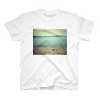 島の記憶 T-shirts