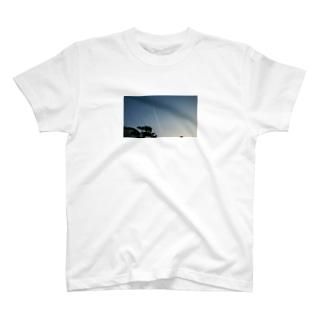ひこうきぐも T-shirts