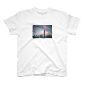 福岡の空 T-shirts