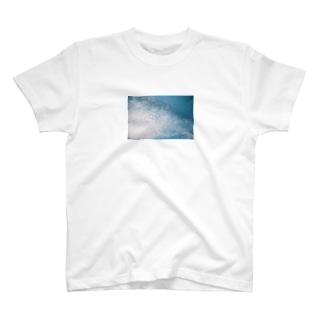 '16 6.17 の空 T-shirts