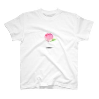浮遊ピーチ T-shirts