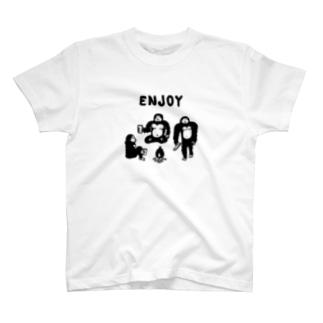 The Eight Wood Marketの雪男のエンジョイライフ(黒) T-shirts