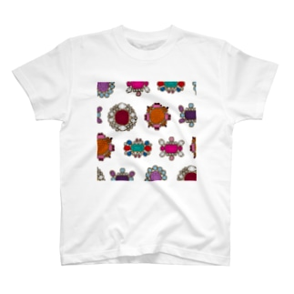 ジュンカジュエル ホワイト T-shirts