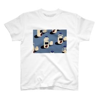 夏の名脇役 T-shirts