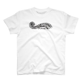 タコ触手 T-shirts