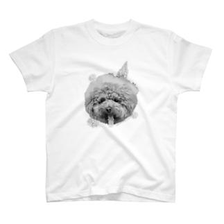 幸せはふわふわなムック T-shirts